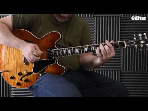 Guitar Lesson: Learn how to play Beatles - Paperback Writer