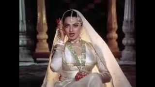VERY POPULAR OLD INDIAN BOLLYWOOD MOVIE SONG, IN AANKHON KI MASTI