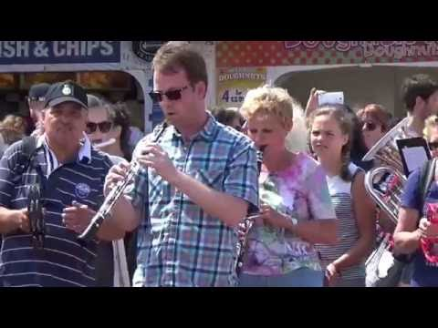Hey Jude Flashmob Brighton UK Showorkest Harmonie Fortissimo