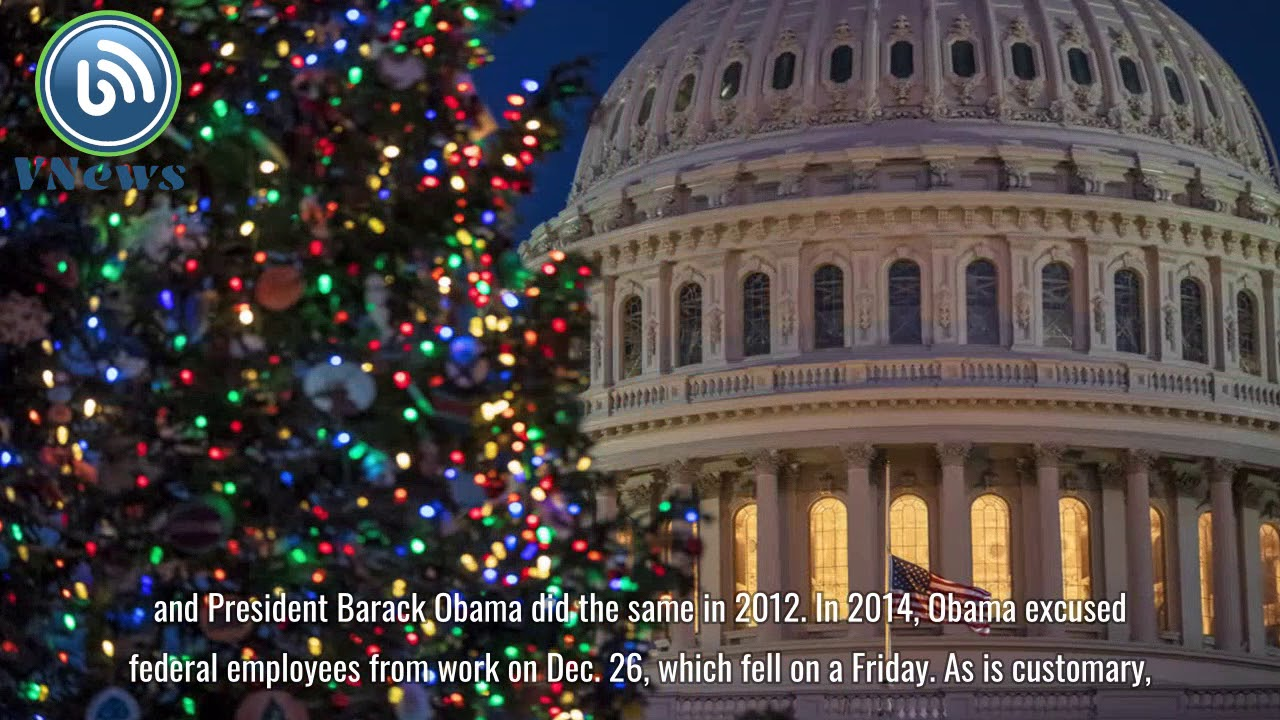 Trump signs executive order making Christmas Eve a holiday for federal workers - YouTube