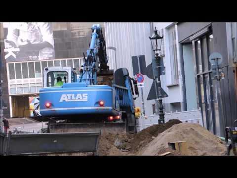 The excavator movie -  actor  - Atlas Terex and Liebherr