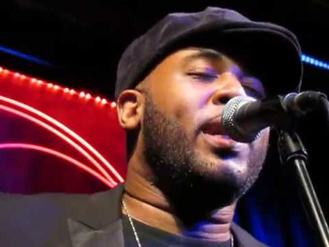 Tony Momrelle live - Stevie Wonder & Marvin Gaye medley