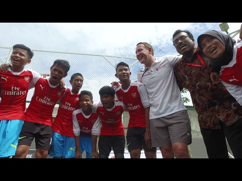Ray Parlour visits football project in Indonesia