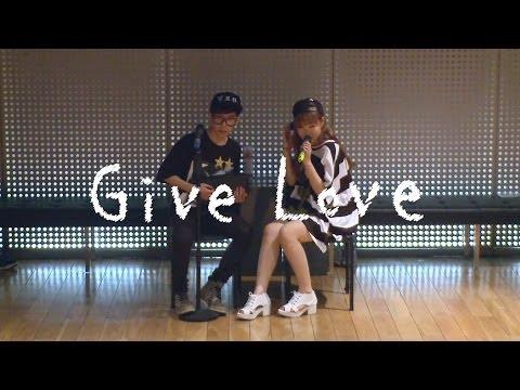 Akdong Musician(AKMU) - 'GIVE LOVE' Dance Practice