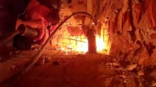 Сварка труб в углу близко от пола(В этом видео я варю трубы в углу, а также близко от пола., 2016-04-11T16:54:41.000Z)