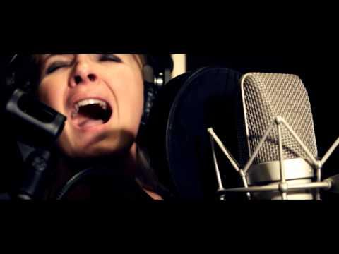 El Grey - Tune in (Official Video)