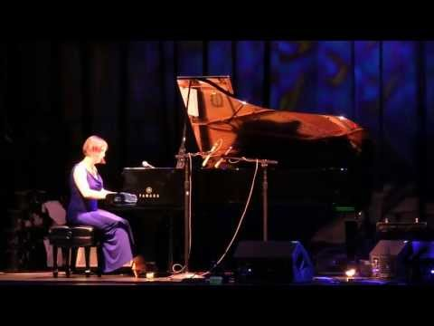 Catherine Marie Charlton - Solo Piano - ZMR Music Award Show