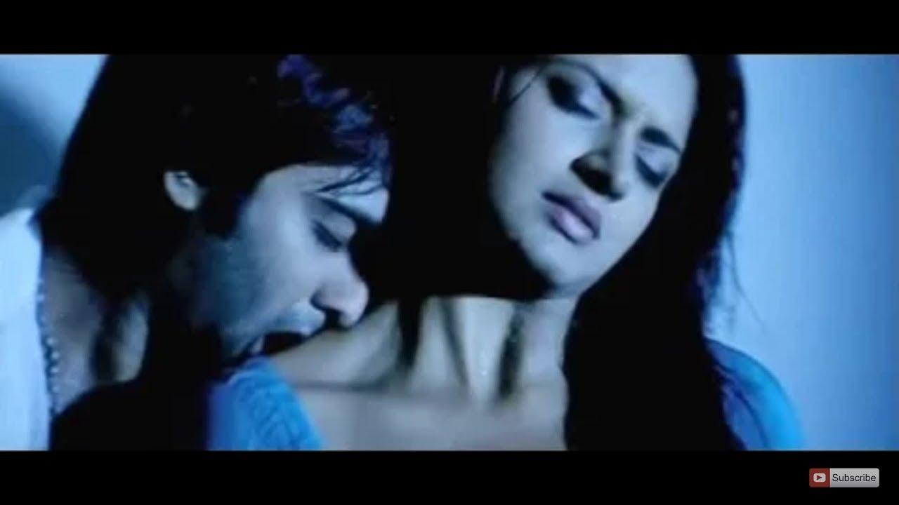 Download Vimala Raman hot bedroom scene and hot lip lock under bath shower