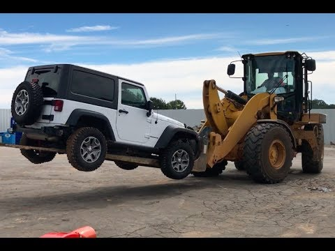 Rebuilding A Wrecked Car JEEP RUBICON (Part 1)