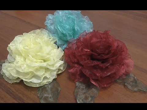 Красивые цветы из органзы  Роза из ткани своими руками Мастер класс.