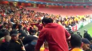 Galatasaray vs arsenal.. Taraftar kameraaindan ananim biiip fenevbahceUuu atikka