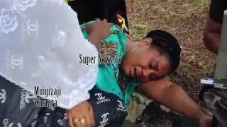Wastara azimia wakati wa kuuaga mwili wa Mzee Majuto