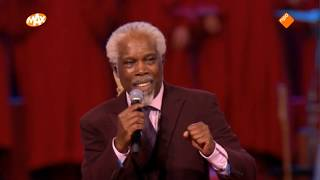 Download Lagu Billy Ocean - When the going gets tough (34 years later - Max Proms 2019) mp3
