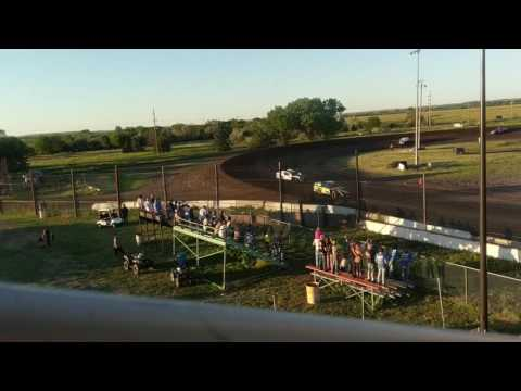 Lincoln County Raceway Feature Race IMCA Modified