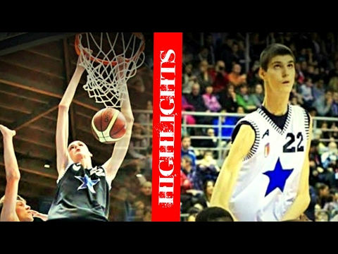 Robert Bobroczky 7'7 Foot Tall Basketball Highlights Mix