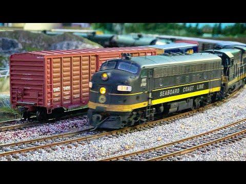 Beautiful Model Railroad HO Scale Gauge Train Layout