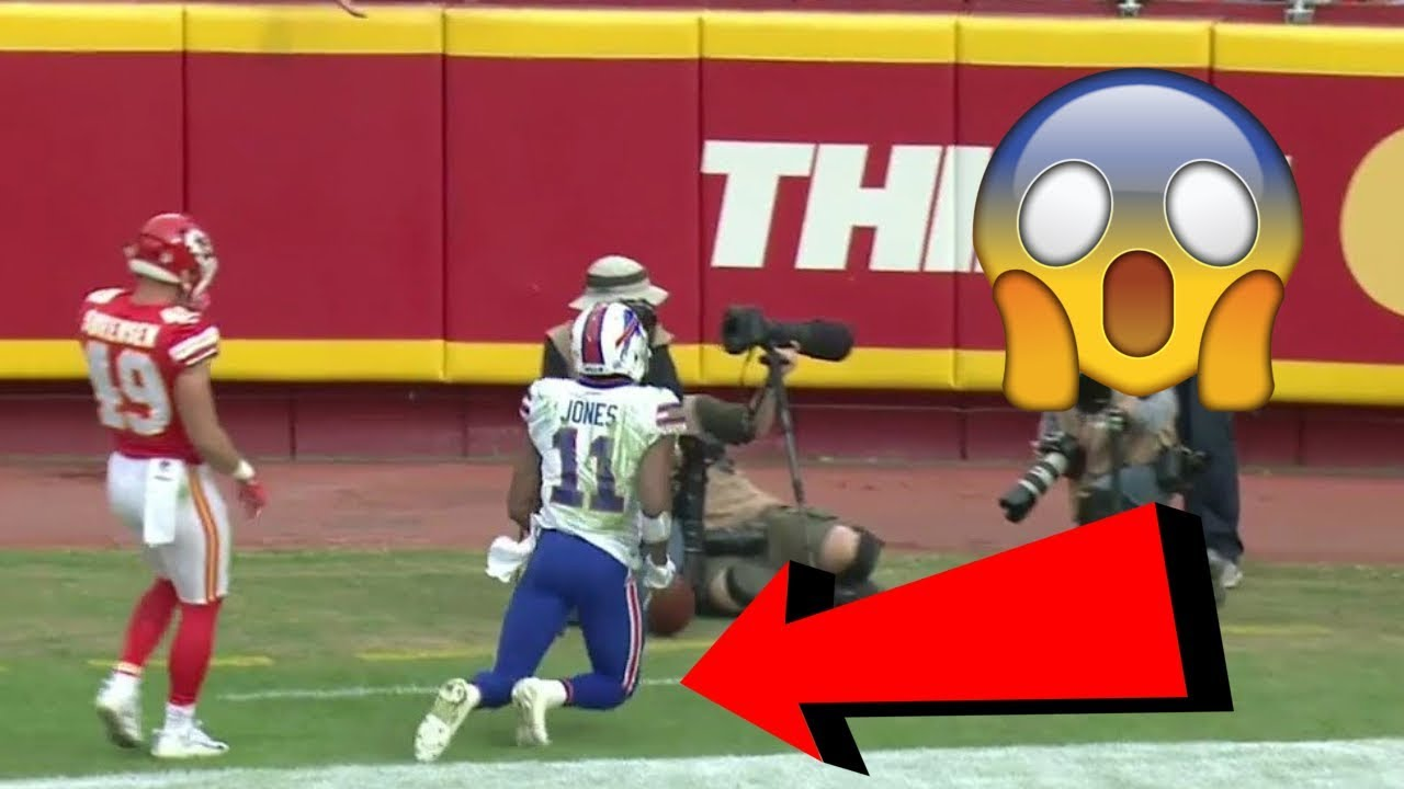 """10 NFL Plays That Completely """"BROKE THE INTERNET"""""""