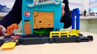 Gator Garage Attack Hot Wheels Play Set #hotwheelscity NEW for 2018!