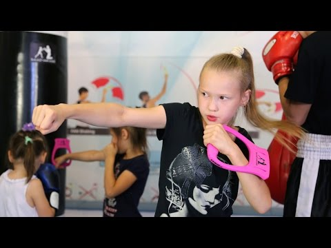 Eight Year Old Boxing Prodigy Throws 100 Punches A Minute