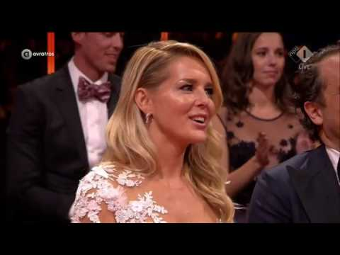 Chantal Janzen wint de Zilveren Televizier-Ster Presentatrice   Gouden Televizier-Ring Gala 2016