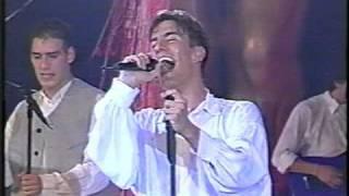 Magneto y Kairo  TU LIBERTAD  -May-1995-..mpg