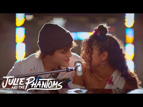 Julie and the Phantoms - Edge of Great (Music Video)