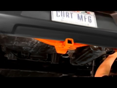 CURT Rear Trailer Hitch with Receiver Opening Installation on Kia