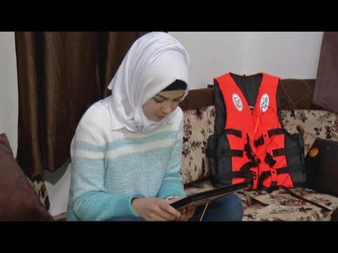لاجئة سورية تصنع سترة نجاة ذكية تقي من الغرق  - نشر قبل 3 ساعة