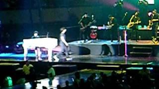 Jonas Brothers - Much Better & Year 3000 (JB World Tour 09 - Monterrey, Mx.)