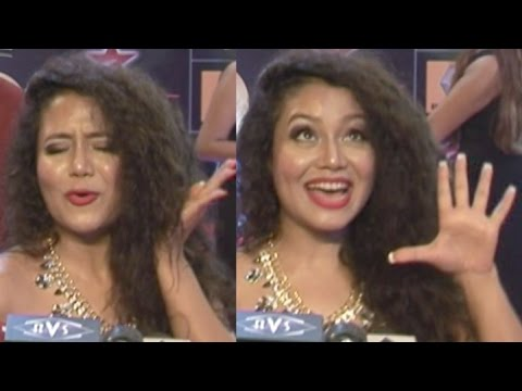 "Neha Kakkar Singing ""Sunny Sunny Yaariyan"" at GiMA Awards 2015 