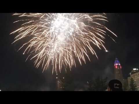 Downtown columbus firework 2016