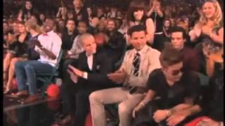 Billboard Awards 2013 - Jusitn Bieber - Miley Cyrus - Top Male Artist
