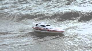 Blue Streak Syma 7008 Racing RC Speed Boat riding Swanage Bay waves