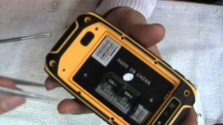 Как разобрать защищенный телефон Hummer