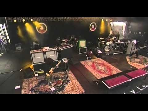 Deftones - When Girls Telephone Boys (Live) - 2006