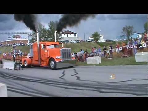 Peterbilt transport burnout at the 2011 Smooth Truck Fest