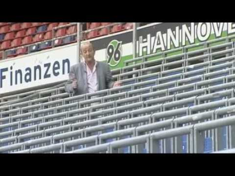 Safe standing at rail seats