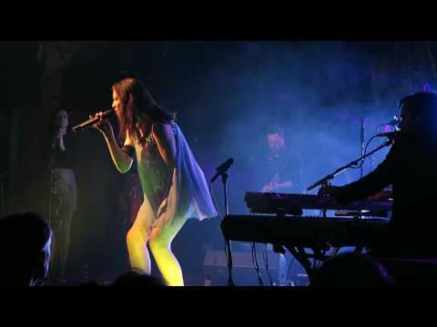 Sophie Ellis-Bextor Performs Groovejet at the Trinity Centre in Bristol