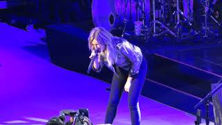 Kelsea Ballerini miss Me More Live @ Giant Center,