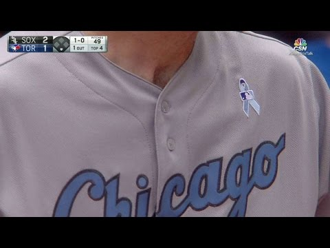 CWS@TOR: White Sox wear Father's Day uniforms