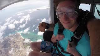 Skydive from 10,000 Feet Aruba