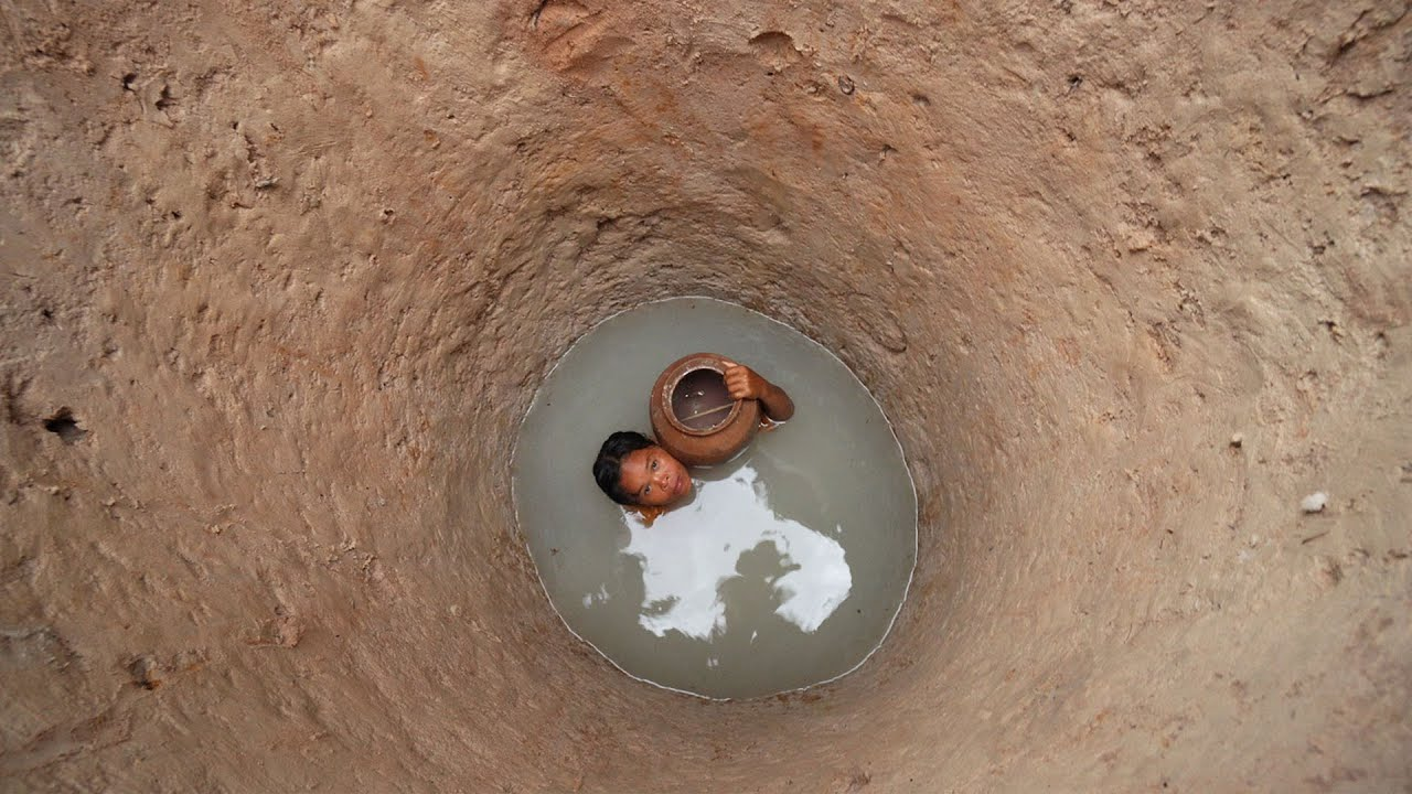 Build Beautiful Groundwater Well and Water Filter for Survival in Jungle
