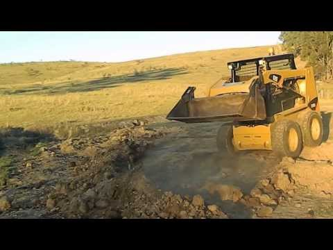 Rebel Jaw Crusher And Bobcat Combination Doovi