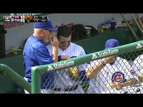 cin@chc:-rizzo-shares-orange-slices-in-the-dugout