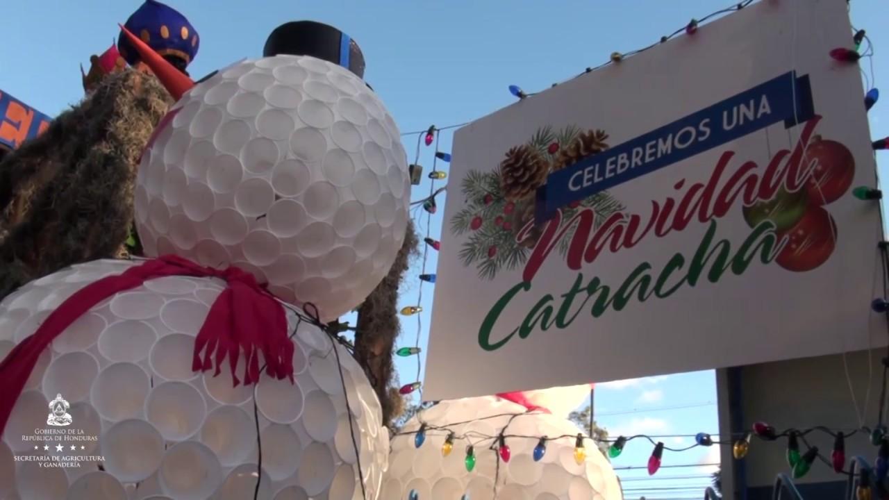 Fotos Carrozas Navidenas.Sag Presente En El Desfile De Carrozas Y Bandas Navidenas 2016