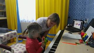 Абдулхалимова Милана.3 года. Муз.урок №1.