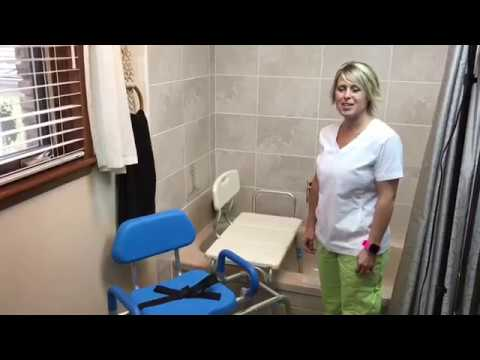 How to use a bath transfer bench