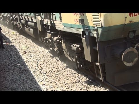 Indian Railways highest power show : 5 SWR GT46MACs 22500hp extreme sanding at braganza ghat!!!