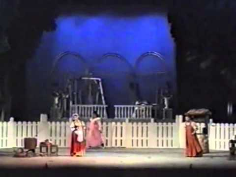 Eugene Onegin, Act 1, Scene 1