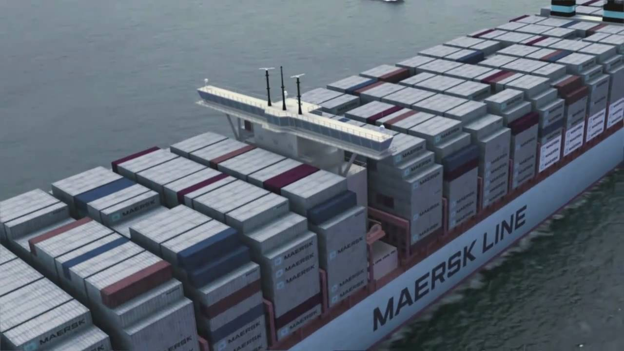New Maersk Container Ship 18000 TEU Triple-E - YouTube